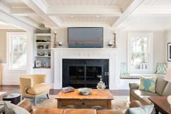 Fireplace-and-bookshelf-built-ins
