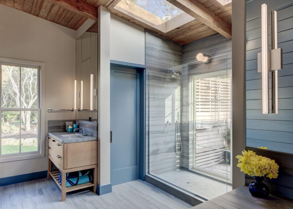 A Classic Trend - Blue Bathrooms Master Bathroom